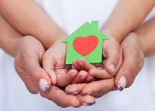 Amiamo la nostra casa verde di concetto Fotografie Stock Libere da Diritti