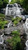 Amicalola tombe nord Georgia Mountains de cascade Photographie stock