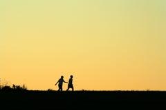 Amici, camminata di mattina Fotografia Stock
