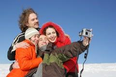 Amici che catturano una foto Fotografie Stock Libere da Diritti