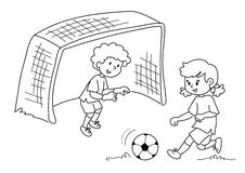 Amici che giocano calcio Fotografia Stock