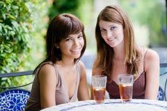 Amici che mangiano tè Fotografia Stock Libera da Diritti