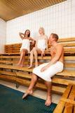 Amici nella sauna Fotografia Stock Libera da Diritti