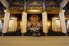 Amida Buddha på den Honganji templet i Tokyo Royaltyfria Foton