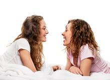 Amie dans le lit Image libre de droits