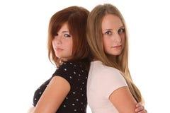 Amies de jeunes femmes - modèle de mode deux Photographie stock libre de droits
