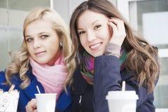 Amies et café Images libres de droits