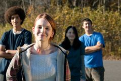 Amigos adolescentes étnicos Imagenes de archivo