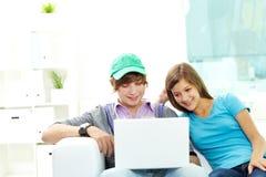 Amigos adolescentes Imagen de archivo libre de regalías