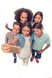 Amigos adolescentes felices Imagen de archivo