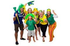 Amigos brasileños que animan encendido Imagen de archivo