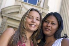 Amigos de las mujeres Fotos de archivo libres de regalías