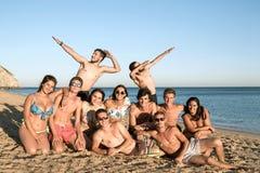 Amigos en tiempo de verano Fotos de archivo