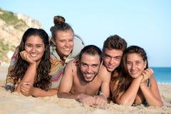 Amigos en tiempo de verano Foto de archivo