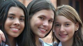 Amigos femeninos felices Fotos de archivo