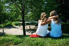 Amigos no parque Foto de Stock