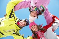 Amigos no wintertime Foto de Stock Royalty Free