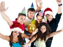 Amigos que celebran la llegada del Año Nuevo Imagen de archivo libre de regalías