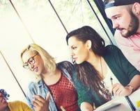 Amigos Team Brainstorming Community Concept de la diversidad fotografía de archivo libre de regalías