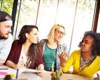 Amigos Team Brainstorming Community Concept de la diversidad fotos de archivo libres de regalías