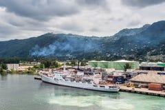 Amiral océanographique Vladimirsky de bateau de recherches dans le port Vict Image libre de droits