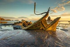 Amiral Von Tromp Shipwreck à la baie de Saltwick, North Yorkshire photographie stock