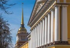 Amiralitetet byggnad, St Petersburg, Ryssland Arkivbild