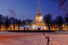 Amirauté à St Petersburg en hiver Image libre de droits