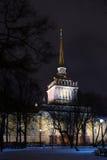 Amirauté dans le saint-Ptersburg, Russie À l'hiver Photographie stock