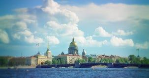 Amirauté et cathédrale de St Isaac à St Petersburg Image stock
