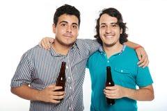 Amis avec des bières Photographie stock