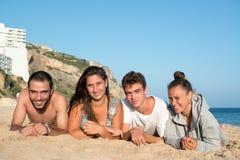 Amis dans l'heure d'été Photo stock