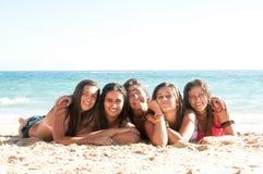 Amis dans l'heure d'été Photos stock