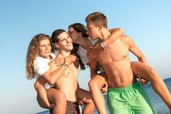 Amis dans l'heure d'été Image libre de droits
