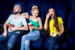 amis dans le cinéma Images stock