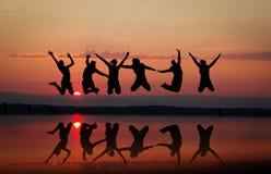 Amis de coucher du soleil Photos libres de droits