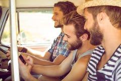 Amis de hippie sur le voyage par la route Photographie stock libre de droits