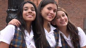 Amis de l'adolescence féminins de sourire Photographie stock libre de droits