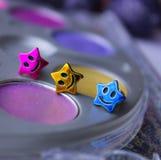 amis de sourire colorés de beauté d'étoiles de maquillage Image stock