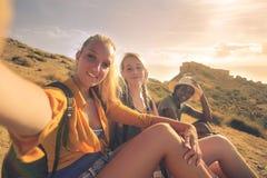 Amis en voyage Photo libre de droits