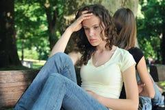Amis fâchés (adolescentes) en conflit Photo libre de droits