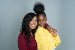 Amis féminins d'Afro-américain Photographie stock