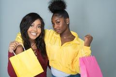 Amis féminins d'Afro-américain Photo libre de droits