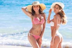 Amis féminins des vacances Photographie stock