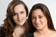 Amis féminins heureux d'université Photos stock