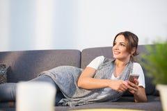 Amis heureux des textes de femme Image stock