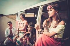 Amis hippies sur un voyage par la route Photos libres de droits
