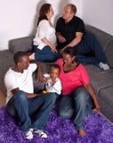 Amis interraciaux et famille Photographie stock