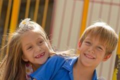 Amis mignons de petits enfants Photo libre de droits