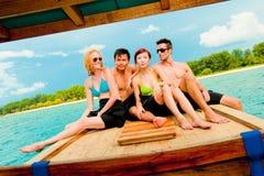 Amis sur le bateau Photos stock